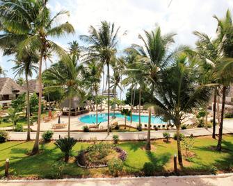 Paradise Beach Resort - Uroa - Pool