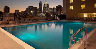 Hotel Indigo Austin Downtown - University - Austin - Pool