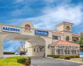 Travelodge by Wyndham Costa Mesa Newport Beach Hacienda - Costa Mesa - Edificio