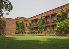 Faisalabad Serena Hotel - Faisalābād - Bygning