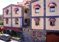 Dar-Tlidjene - Algiers - Building