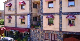Dar-Tlidjene - Algeri