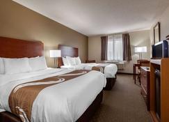Quality Inn Hays I-70 - Hays - Schlafzimmer