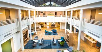 Holiday Inn Calais - Coquelles - Calais - Lobby