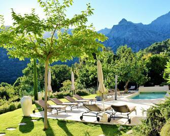 Cas'Anna Lidia - Hôtel De Charme - Muro - Pool