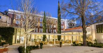 Maison Albar Hotels L'Imperator - Nimes - Building