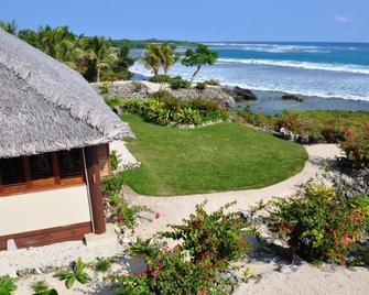 White Grass Ocean Resort - Tanna - Outdoors view