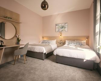 The Fullerton Arms - Ballycastle - Bedroom