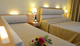 Maritina Hotel - Kos - Makuuhuone