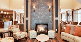 Homewood Suites by Hilton Vancouver / Portland - Vancouver - Wohnzimmer
