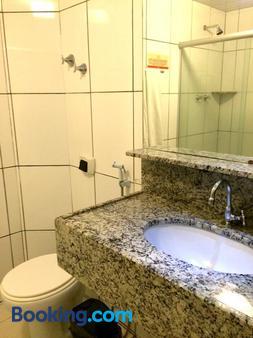 Hotel Veraneio - Recife - Bathroom