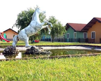 Tuscany Village Club - Ranch Pratosasso - Ostellato - Gebäude