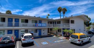 Motel 6 Westminster South Long Beach Area - Вестминстер - Здание