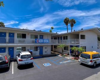 Motel 6 Westminster South Long Beach Area - Westminster - Gebouw