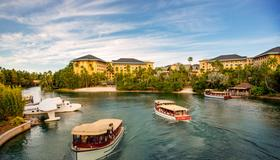Universal's Loews Royal Pacific Resort - Orlando - Building