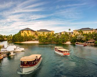 Universal's Loews Royal Pacific Resort - Orlando - Building