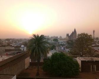 Hotel Sunset - Orchha - Buiten zicht