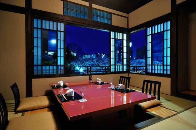 東京椿山莊大酒店 - 東京 - 建築