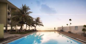 Hikkaduwa Beach Hotel - Hikkaduwa - Pool