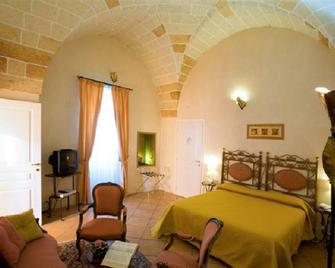 Hotel Residence Palazzo Baldi - Galatina - Bedroom