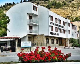 Doyuranlar Ata Hotel - Eceabat - Gebouw