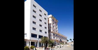 Hotel Sercotel Cuatro Postes - Ávila - Bygning