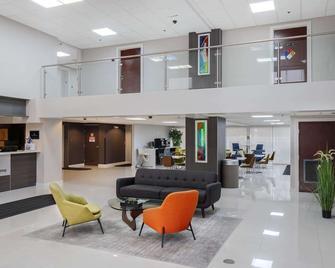 hom hotel + suites, Trademark Collection by Wyndham - Gainesville - Aula