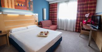 Idea Hotel Torino Mirafiori - טורינו - חדר שינה