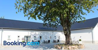 272 Bed & Breakfast - Esbjerg - Edificio