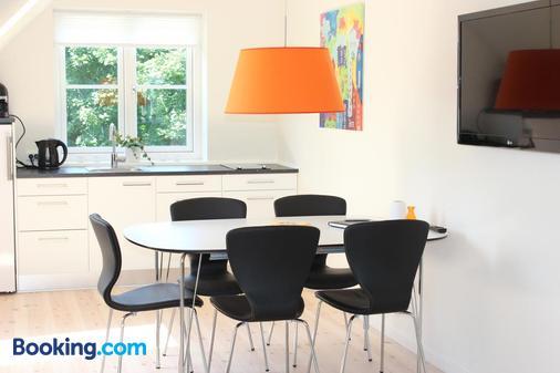 272 Bed & Breakfast - Esbjerg - Dining room