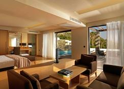 Wyndham Loutraki Poseidon Resort - Loutraki - Living room