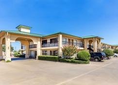 Quality Inn Abilene - Abilene - Gebäude