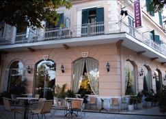 Hotel Diethnes - Larissa - Building