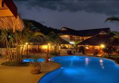 Maekok River Village Resort - Mae Ai - Pool