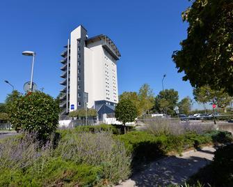 Kyriad Lyon Sud - Givors - Givors - Building