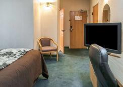 Sleep Inn University - Las Cruces - Bedroom