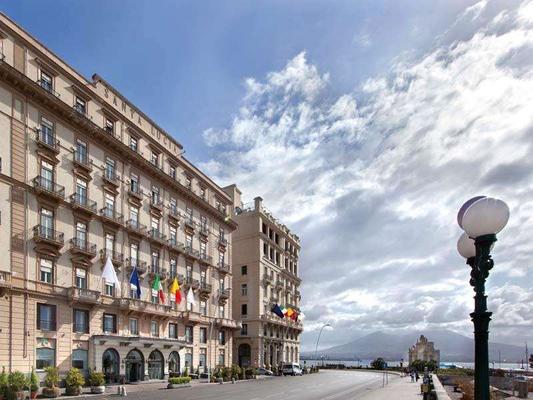 Grand Hotel Santa Lucia - Naples - Building