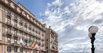 グランド ホテル サンタルシア - ナポリ - 建物