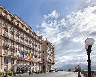 Grand Hotel Santa Lucia - Napoli - Edificio