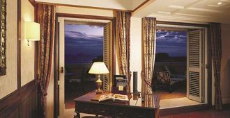 جراند هوتل سانتا لوتشيا - نابليس - وسائل راحة في الغرف
