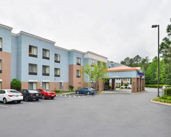 SpringHill Suites by Marriott Pinehurst Southern Pines - Pinehurst - Building