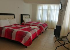 Hotel Real Doxey - Atitalaquia - Schlafzimmer