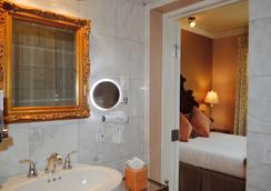 Hotel 1110 - Adults Only - Monterey - Bathroom