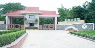 Nimba Wellness Retreat - Ahmedabad - Building