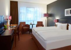Dorint Hotel am Dom Erfurt - Erfurt - Schlafzimmer
