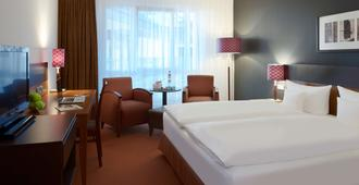 Dorint Hotel am Dom Erfurt - ארפורט