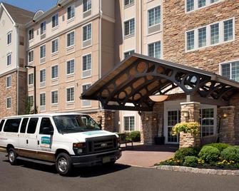 Staybridge Suites North Brunswick - North Brunswick - Gebäude
