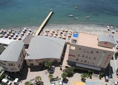 Aragosta Hotel & Restaurant - Durrës - Bina