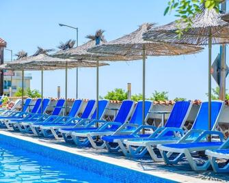 Vemara Club - Byala (Varna) - Pool