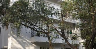 Colonels Retreat - Neu-Delhi - Gebäude